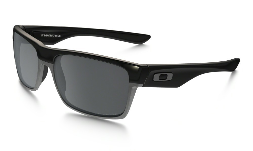 Oakley Twoface Polished Black Black Iridium Polarized