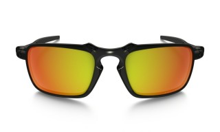 Oakley Badman Dark Carbon Ruby Iridium Polarized č.2